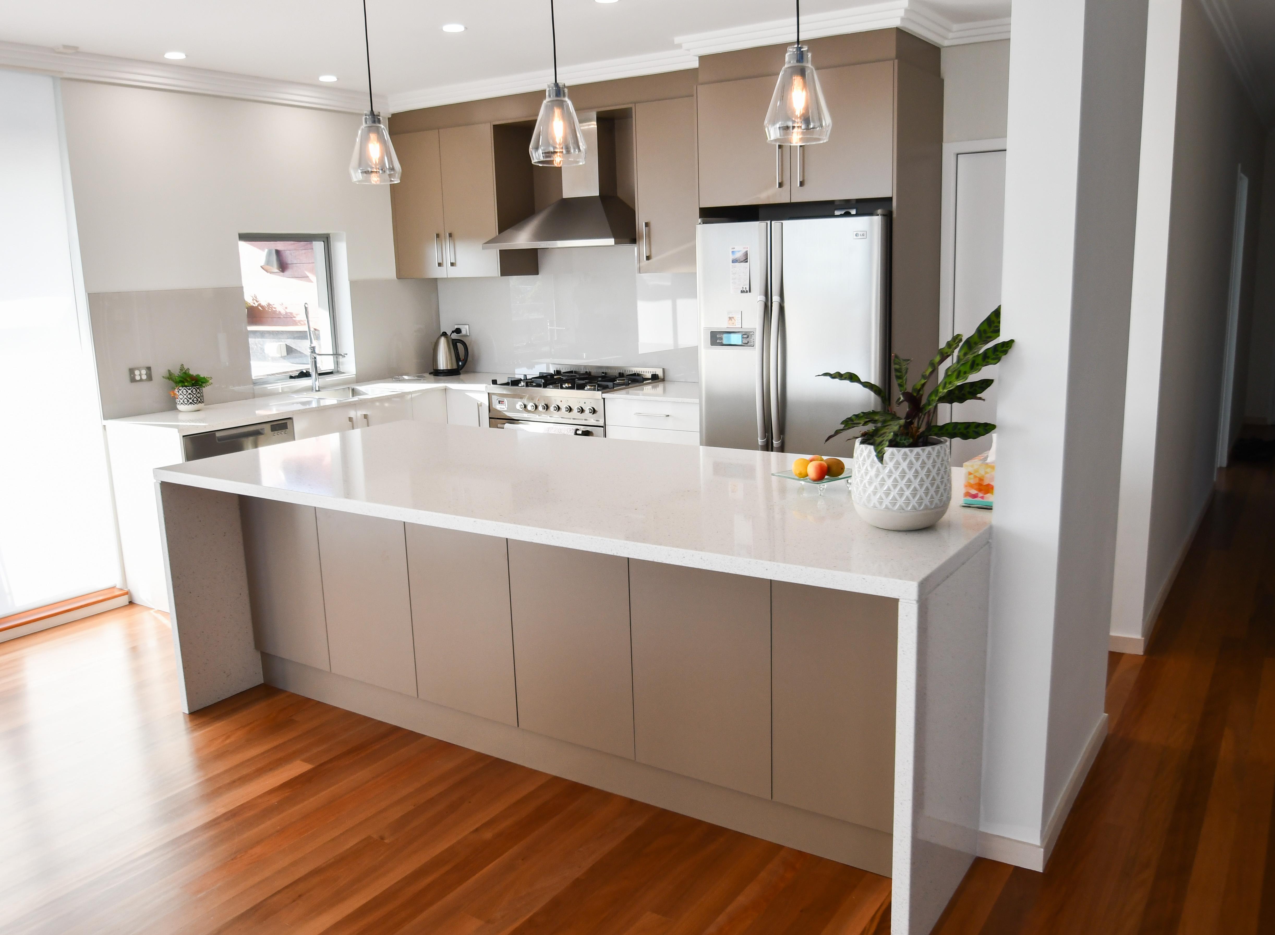 Practical Laminate Kitchens Cdk