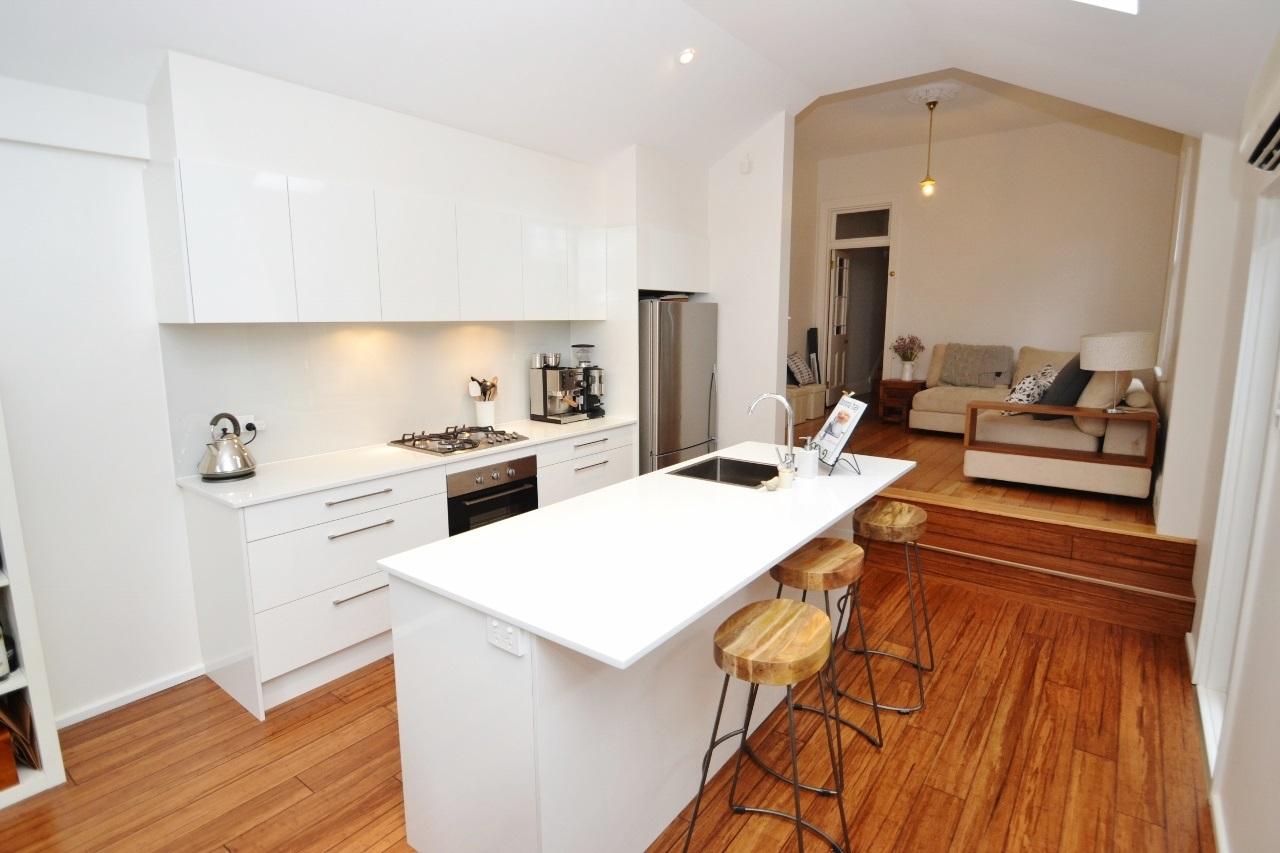 Practical laminate kitchens cdk for Practical flooring ideas