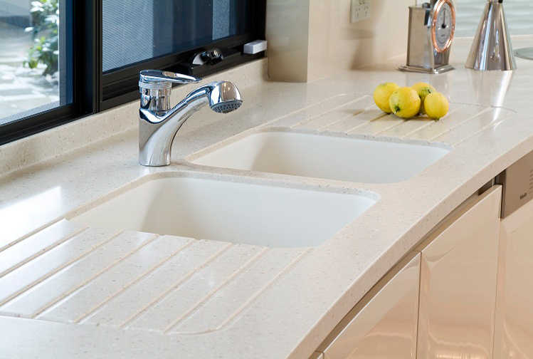 Corian-Benchtop-with-Moulded-Sink
