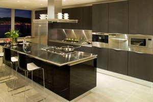 Modern Kitchen with Stainless Steel Benchtop
